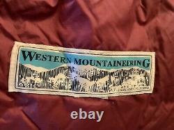 Western Mountaineering 20 degree rated sleeping bag