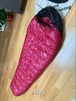 Western Mountaineering ALPINLITE 6' RZ down sleeping bag