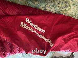 Western Mountaineering Alpinlite Sleeping Bag, 6ft, Left Zip 850 Down 20 Degree