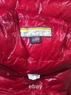 Western Mountaineering Summerlite Down Sleeping Bag New. 6 Ft Length, Right Zip