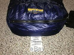 Western Mountaineering TerraLite 25 Degree Goose Down Sleeping Bag New with Tags