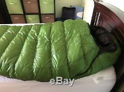 Western Mountaineering Versalite 10F Down Sleeping Bag size Regular